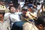 ಗುರುವಾಯೂರು: ಶಬರಿಮಲೆಗೆ ಮಹಿಳೆಯರ ಪ್ರವೇಶವನ್ನು ವಿರೋಧಿಸಿ ಪ್ರತಿಭಟನೆ