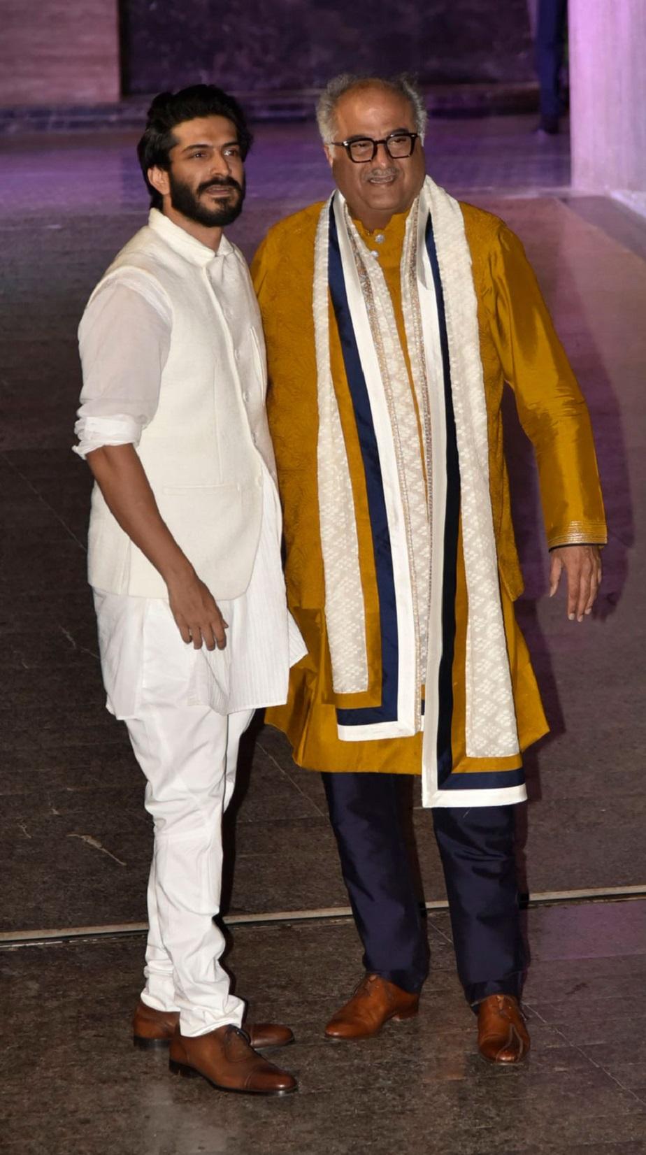 ದೊಡ್ಡಪ್ಪ ಬೋನಿ ಕಪೂರ್ ಜೊತೆಯಲ್ಲಿ ಹರ್ಷವರ್ಧನ್ ಕಪೂರ್.