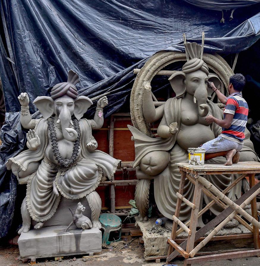 ಪೀತಾಂಬರ: ಮೇಡ್ ಇನ್ ಇಂಡಿಯಾ ಗಣಪ