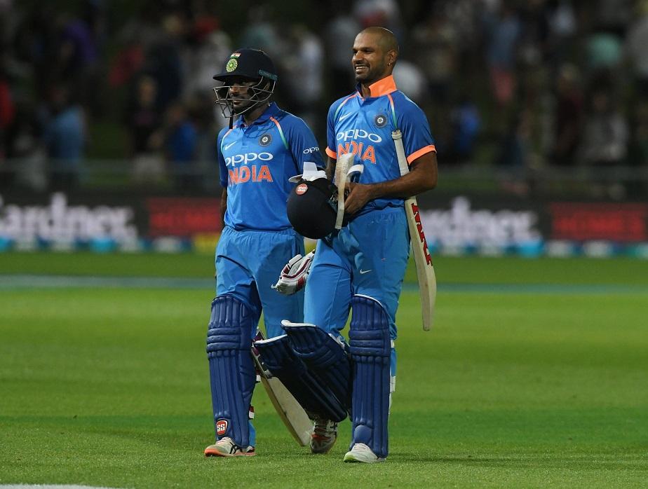 ಟೀಂ ಇಂಡಿಯಾ 8 ವಿಕೆಟ್ಗಳ ಭರ್ಜರಿ ಜಯದೊಂದಿಗೆ 5 ಪಂದ್ಯಗಳ ಏಕದಿನ ಸರಣಿಯಲ್ಲಿ 1-0 ಮುನ್ನಡೆ ಸಾಧಿಸಿದೆ