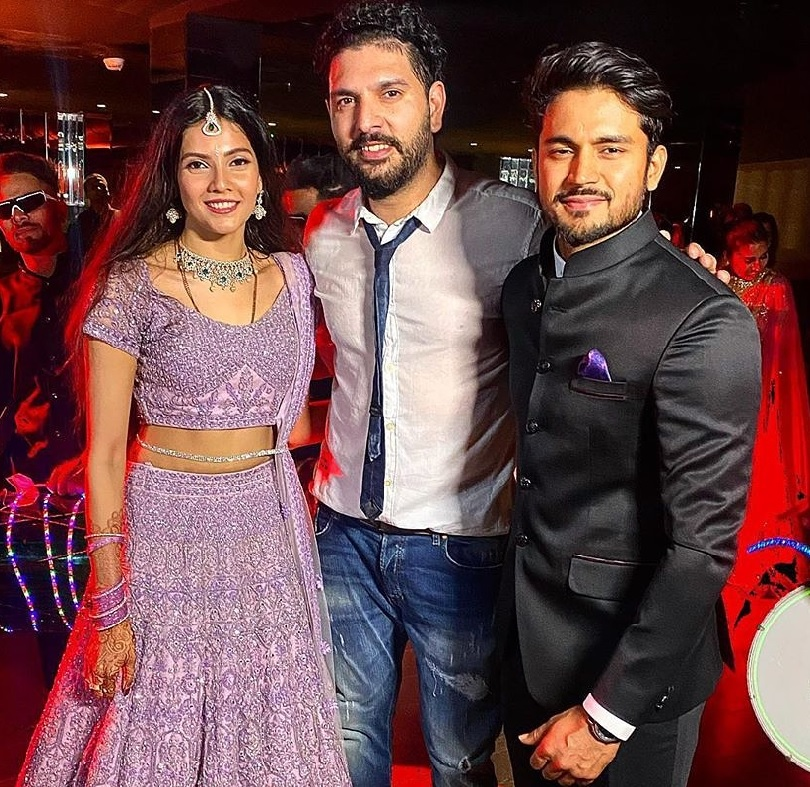 Manish Pandey Marriage: Yuvraj Singh And Manish Pandey Set Dance Stage On Fire