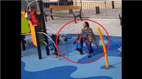 ವರ್ಣಭೇದ: ಅಮ್ಮ-ಮಗನನ್ನು ಪಾರ್ಕ್ನಿಂದಲೇ ಓಡಿಸಿದ ಮಕ್ಕಳು [Viral Video]