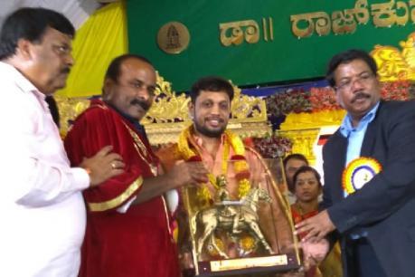 ನ್ಯೂಸ್18 ಕನ್ನಡದ ನ್ಯೂಸ್ ಎಡಿಟರ್ ಅಭಿನಂದನ್ಗೆ ಕೆಂಪೇಗೌಡ ಪ್ರಶಸ್ತಿ