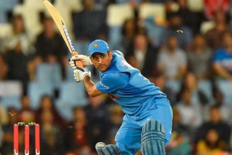 ICC World Cup 2019: ವಿಶ್ವಕಪ್ ಗೆಲ್ಲುವಲ್ಲಿ ಧೋನಿ ಮಹತ್ತರ ಪಾತ್ರವಹಿಸಲಿದ್ದಾರೆ: ಕೋಚ್ ರವಿಶಾಸ್ತ್ರಿ